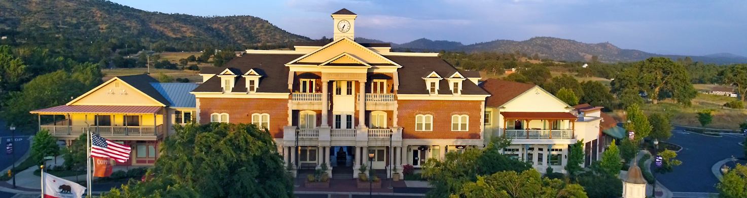 photo-copper-valley-weddings-courthouse-town-hall